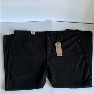 Levi Strauss & Co. 541 Athletic Taper Black